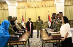 """المجلس السيادي بالسودان يقرر تحويل تبعية """"تنظيم الاتصالات والبريد"""" له"""