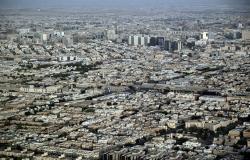 السعوديون يحتفلون باليوم الوطني بالألعاب النارية