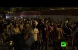 احتجاجات في العاصمة اللبنانية وأنباء عن إطلاق نار