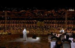 """أمسية تاريخية يغني فيها فنان العرب """"صوتك يناديني"""""""