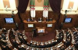 """""""نواب الجزائر"""" يصدقون على تعديلات في قانون مالية 2020"""
