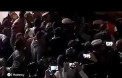 """لحظة وصول """"راجح"""" المتهم بقتل """"محمود البنا"""" إلى المحاكمة"""