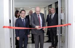 """وزير الاقتصاد الرقمي والريادة الأردني يفتتح مكاتب """"بيجو"""" في عمّان"""