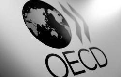 منظمة التعاون الاقتصادي تخفض توقعات النمو العالمي لأدنى مستوى بعقد