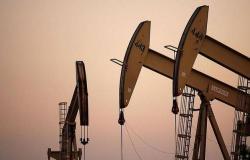 الشركات الأمريكية تواصل إغلاق منصات التنقيب عن النفط للأسبوع الخامس