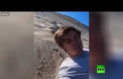 محاولة فاشلة وفريدة على جبل من الرمل