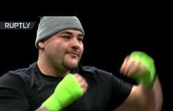 فيديو يظهر تدريب الملاكم البريطاني أنطوني جوشوا والأمريكي أندي رويز في السعودية
