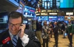 محدث.. الأسهم الأمريكية تتحول للهبوط بالختام لكنها تحقق مكاسب أسبوعية