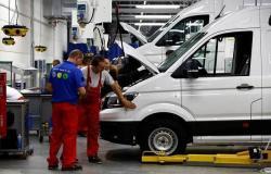 تراجع غير متوقع للإنتاج الصناعي الأمريكي خلال ديسمبر