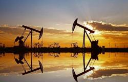 محدث.. خسائر النفط تتجاوز 2% مع مخاوف تراجع الطلب