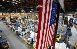 النشاط الاقتصادي الأمريكي يرتفع لأعلى مستوى في 10 أشهر