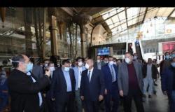 السير تحت الحظر.. وزير النقل يوجه باستكمال رحلة قطار إلى أسوان