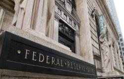 عضو بالفيدرالي: البنك تصرف بسرعة لمواجهة تدهور الأسواق المالية