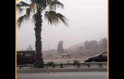 عاصفة ترابية تغطي سماء مدينة حدائق الأهرام