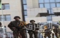 كبار ضباط الجيش الجزائري يتبرعون براتب شهر لمكافحة فيروس كورونا