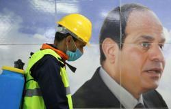 مصر تقرر نقل بعض الحالات المصابة بفيروس كورونا إلى مدن جامعية ونزل شباب