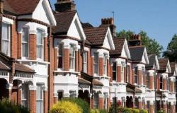 استقرار أسعار المنازل في بريطانيا بعكس التوقعات خلال مارس