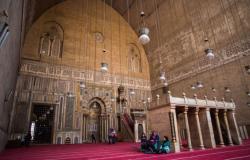من أين جاء الآلاف على مواقع التواصل بنبأ إعادة فتح دور العبادة في مصر