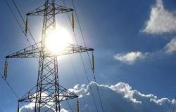 بتمويل دولي.. شبكة لنقل الكهرباء من الأردن إلى الضفة