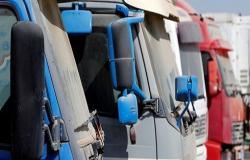صحيفة سورية : الاردن منع دخول 100 شاحنة محملة بالخضار ومصدر أردني يكشف السبب