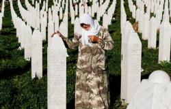 بعد ربع قرن على ارتكابها.. البوسنيون يحيون ذكرى مذبحة سريبرينتشا