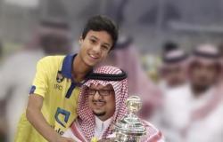 """""""فيصل بن تركي في قلوبنا"""".. جماهير النصر تتذكر الإنجازات"""