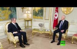 الرئيس التونسي قيس سعيد يستقبل وزير الخارجية الجزائري صبري بوقادوم