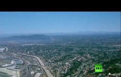 بث مباشر.. نشوب حريق كبير في سفينة تابعة للبحرية الأمريكية في سان دييغو