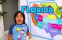 بفيديو لصاحب الـ26 مليون متابع.. كم من الأموال حصد هذا الطفل عبر يوتيوب؟