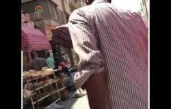 التزام المواطنين بقرارات التباعد الاجتماعي في أول سوق بعد العيد