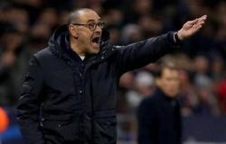 """يوفنتوس يقيل مدربه """"ساري"""".. بعد الخروج من دوري أبطال أوروبا"""