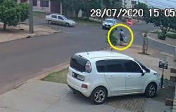 فيديو الحادث الصادم.. حتى وأنت على الرصيف انتبه لما يحدث في الشارع