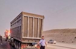 حادث سير يغلق طريقا في جنوب الاردن
