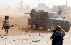 """""""الاتحاد الأوروبي"""" يعاقب فردين و3 شركات لخرقهم حظر السلاح على ليبيا"""
