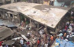 بالفيديو.. انهيار مبنى ومقتل 10 على الأقل في مومباي بالهند