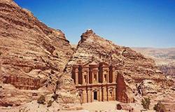 تراجع دخل الأردن السياحي بنسبة 63.7%