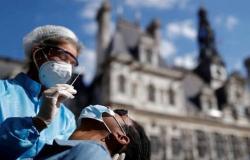 """""""كورونا"""" يواصل ضرباته لفرنسا.. ويصيب 14412 شخصًا خلال يوم"""