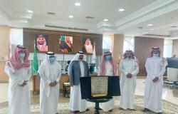 رئيس جامعة الباحة يبحث التعاون المشترك مع رئيس المركز الإعلامي بالمنطقة