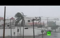 """إعصار """"دلتا"""" يضرب المكسيك"""