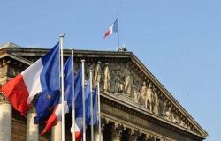 فرنسا تدعو دول الشرق الأوسط لمنع مقاطعة منتجاتها