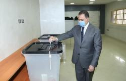 وزير الداخلية يدلى بصوته في انتخابات مجلس النواب-(صور)