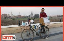 محل الموبيل على عجلة.. طالب ثانوي يصنع مشروعه الخاص