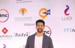 أحمد مجدي يتالق في مهرجان القاهره السينمائي بسيمى فورمال