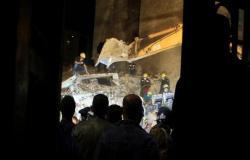 مصر .. العناية الإلهية تنقذ 5 تلاميذ من انهيار عقار محرم بك بالإسكندرية