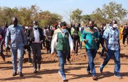 """فريق """"إغاثي الملك سلمان"""" يختتم زيارته التفقدية لجنوب السودان"""