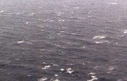 تركيا تعلن عن غرق سفينة روسية قبالة سواحلها