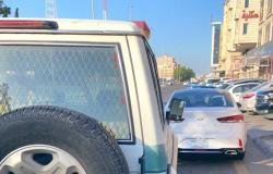مواطن يوثّق فيديو لتهور قائد إحدى المركبات.. والمرور: تمّ القبض عليه