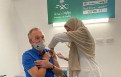 السفيران الألماني والمجري: شاهدنا تنظيمًا رائعًا في مركز اللقاحات