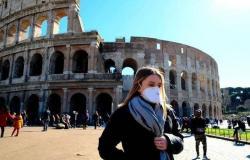 إيطاليا تسجل 377 وفاة و8824 إصابة جديدة بكورونا خلال 24 ساعة