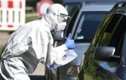 بريطانيا تسجل 38 ألف إصابة بكورونا و1290 وفاة خلال الـ24 ساعة